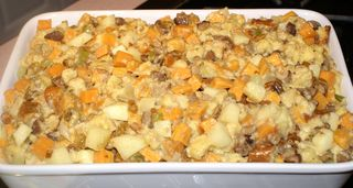 Thanksgiving 2010 #3 (Stuffing Ready for Oven)