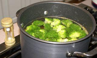 Fettuccine Alfredo #4 (Blanching Vegetables for 3 Minutes)