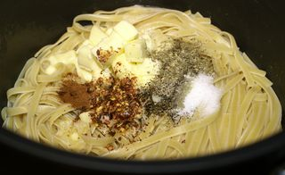 Fettuccine Alfredo #7 (Add Butter & Spices to Cooked Pasta)