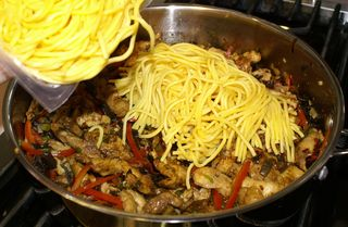 Chow Mein #23 (Add Microwaved Egg Noodles)