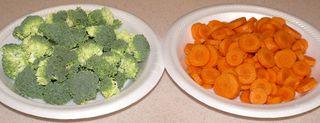 Fettuccine Alfredo #3 (Optional Raw Broccoli & Carrots)