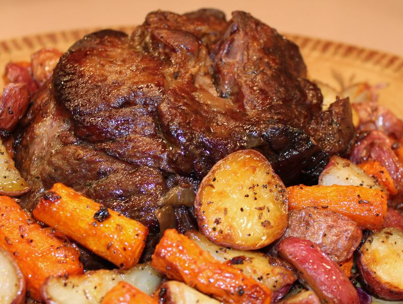 Pot Roast: Simple, Sensible, Scrumptious (w/Mushroom Gravy & Roasted ...