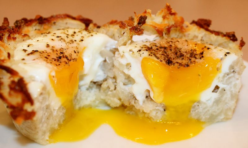 Baked Eggs in Birds Nests (Hash Brown Potatoes)~ - Kitchen Encounters