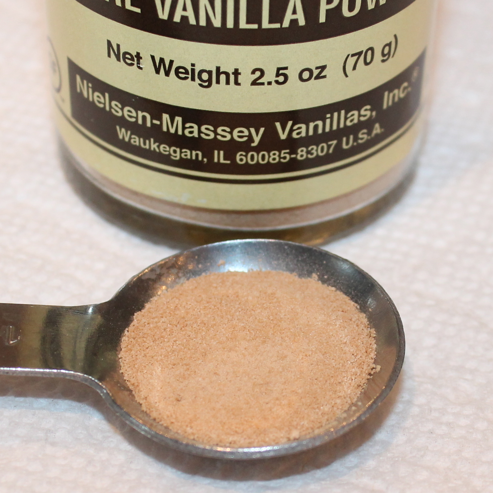 For the Love of Vanilla: Double-Vanilla Cupcakes ~ - Kitchen Encounters