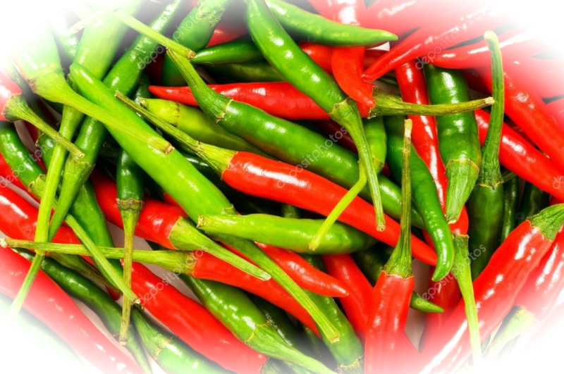Depositphotos_1944824-Red-and-green-chili-peppers